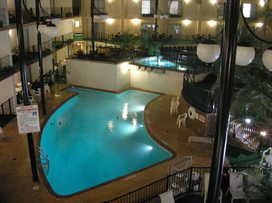 Des Moines Shopping >> AbraCORNdabra | Hotel