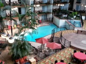 Holiday inn Atrium